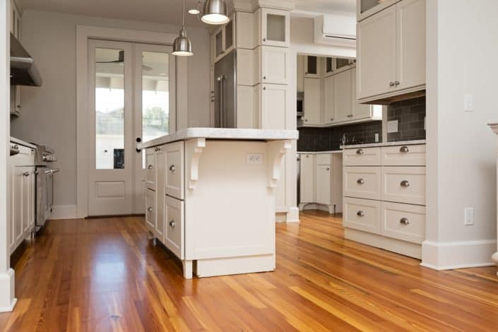 Reclaimed Wood Kitchen Floors Blend Perfectly with Contemporary Accents 5