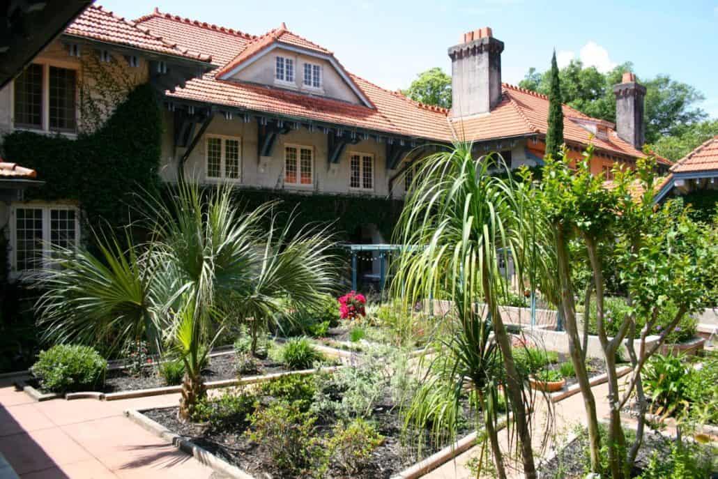Sydonie Mansion 7