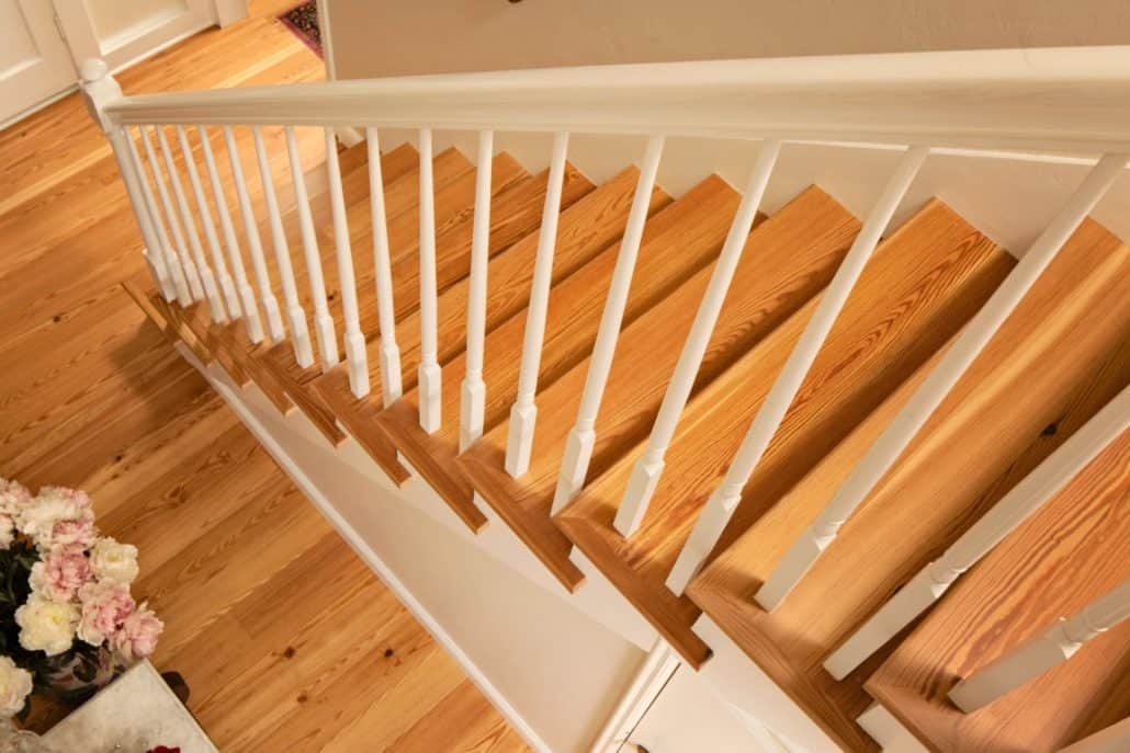 ... Reclaimed Wood Stairs, Stair Parts, Treads And Moldings U2013 The  Sustainable Design Choice